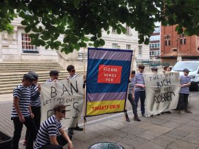 Renters close down Savills in protest at 'daylight robbery' fees