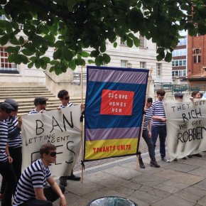 Renters close down Savills in protest at 'daylight robbery'fees